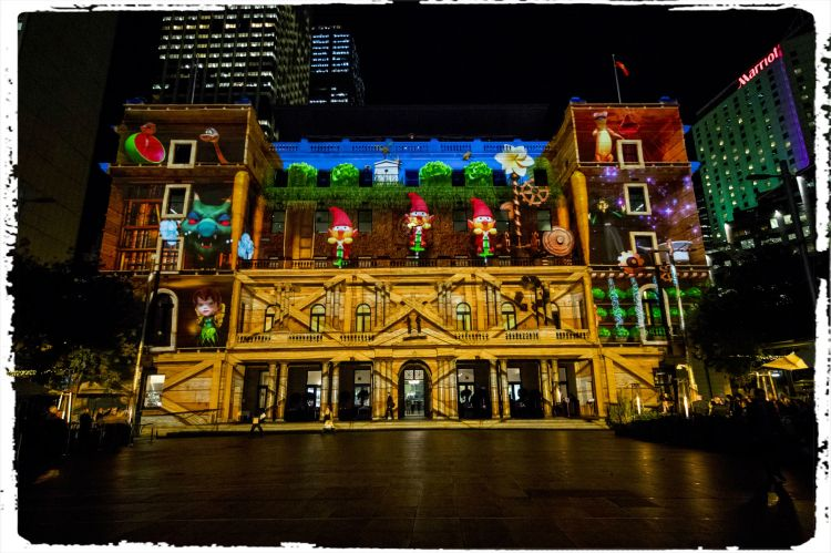 Vivid Sydney 2016_Clr Quay_Customs House_Sydneys Hidden Stories_CREDIT DestinationNSW_JH 0080